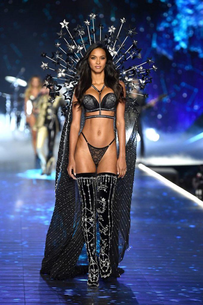 Victoria's Secret Fashion show 2018 - victoria secret - fashion show - victoria secret fashion show - victorias secret fashion show - victoria secret outfits