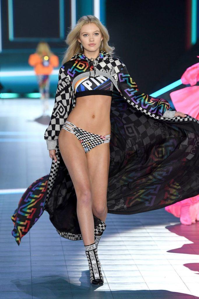 Victoria's Secret Fashion show 2018 - victoria secret - fashion show - victoria secret fashion show - victorias secret fashion show - victoria secret outfits - maggie-laine-walks-the-runway-during-the-2018-victorias-news-photo