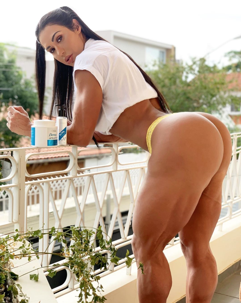 Gracyanne Barbosa- sexiest fitness woman